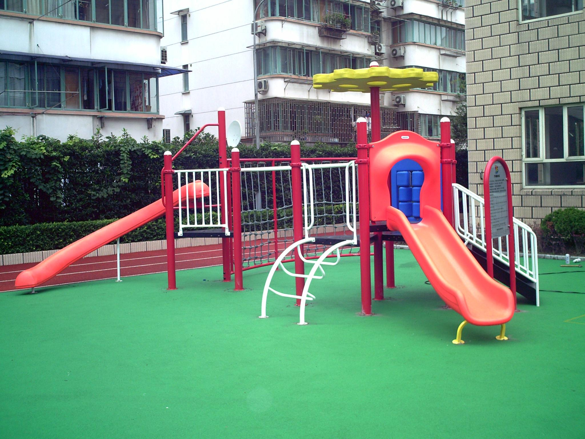 淘气堡 组合滑梯 跷跷板 转椅 秋千 婴幼儿教具  产品信息: 游乐设施